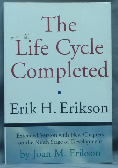 The Life Cycle Completed [ Extended Version ]. Erik H. ERIKSON.