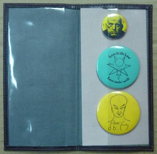 Three badges with images relating to Aleister Crowley. Aleister CROWLEY.